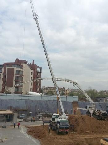 Монтаж на конструкция за укрепване на подпорни стени