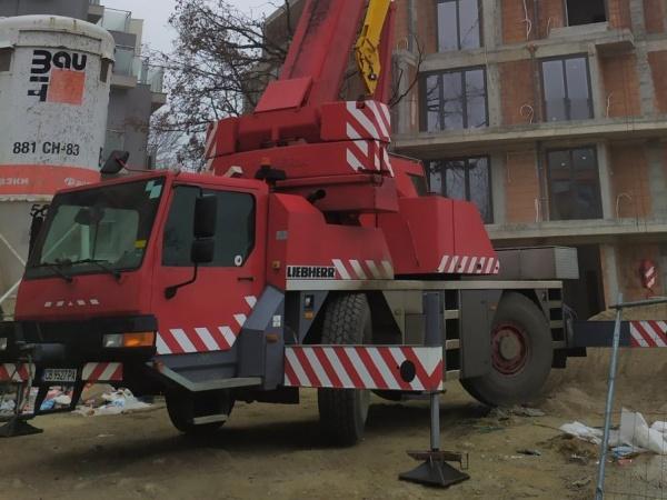 Автокран Liebherr LTM1040-2.1 (снимка)